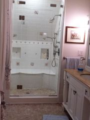 Marco Polo En Suite Bathroom - Rowayton house vacation rental photo