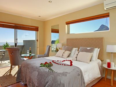 African Conteprory ,4 Star Boutique Guesthouse with spectacular views.