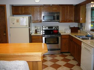 Canaan Valley cabin photo - Well appointed kitchen, new appliances