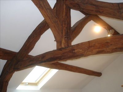 The beams close up