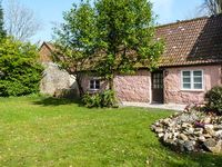 THE STABLES, character holiday cottage in Blagdon Hill, Ref 20549