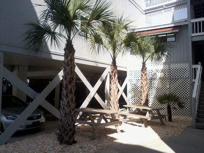 Garden City Beach condo rental - Pinic area with grills