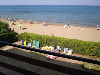 Beachfront apartment with direct access to the beach