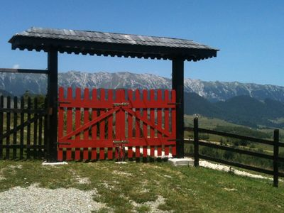 Transylvania chalet rental - Entrance gate