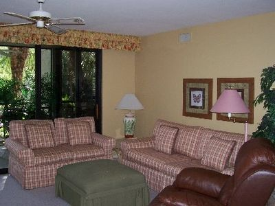 Comfortable living room to relax and enjoy south Florida