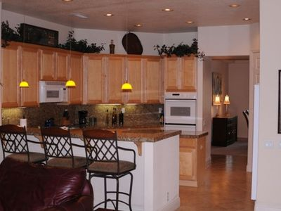 La Quinta house rental - FULL KITCHEN