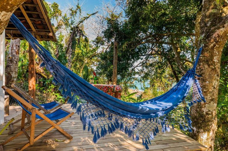 Intimate and romantic hideaway overlooking the ocean at Ilhabela,Brazil