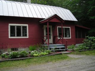 Sunapee house photo - House with screened in porch