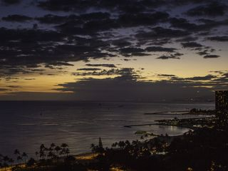Honolulu condo photo - The evening sky changes so dramatically. Sit and watch the city lights emerge.