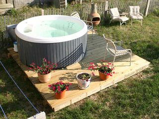Kitty Hawk house photo - Hot tub with fenced in yard for the pets!