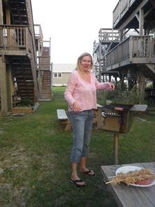 Hatteras cabin rental - Plenty of grills for cooking.