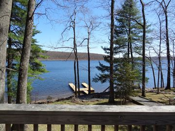 Lake Wallenpaupack house rental - SUNNY POINT Leveled lakefront on Lake Wallenpaupack $1,850 a week