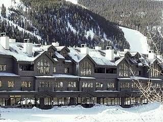 Gateway Mountain Lodge