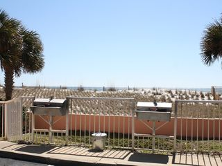 Gulf Shores condo photo - New grills located on the west side of the complex.