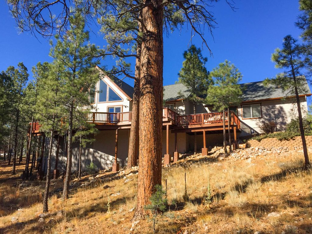 Luxury Retreat W Forest Views Amp Hot Tub Vrbo