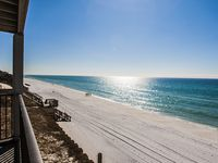 Gulf Front! Amazing Views throughout. Close to dining and shopping!