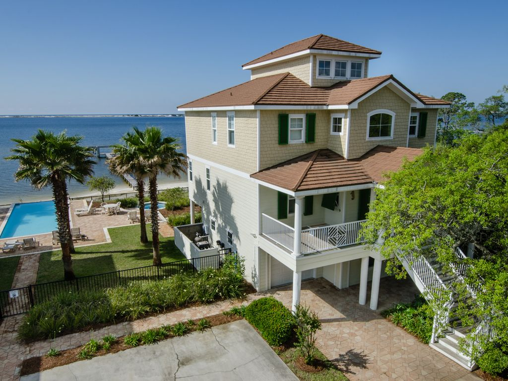 Exquisite Navarre Home on Sound great  VRBO
