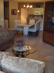 Scottsdale North condo rental - Living room looking towards dinning area and into kitchen.