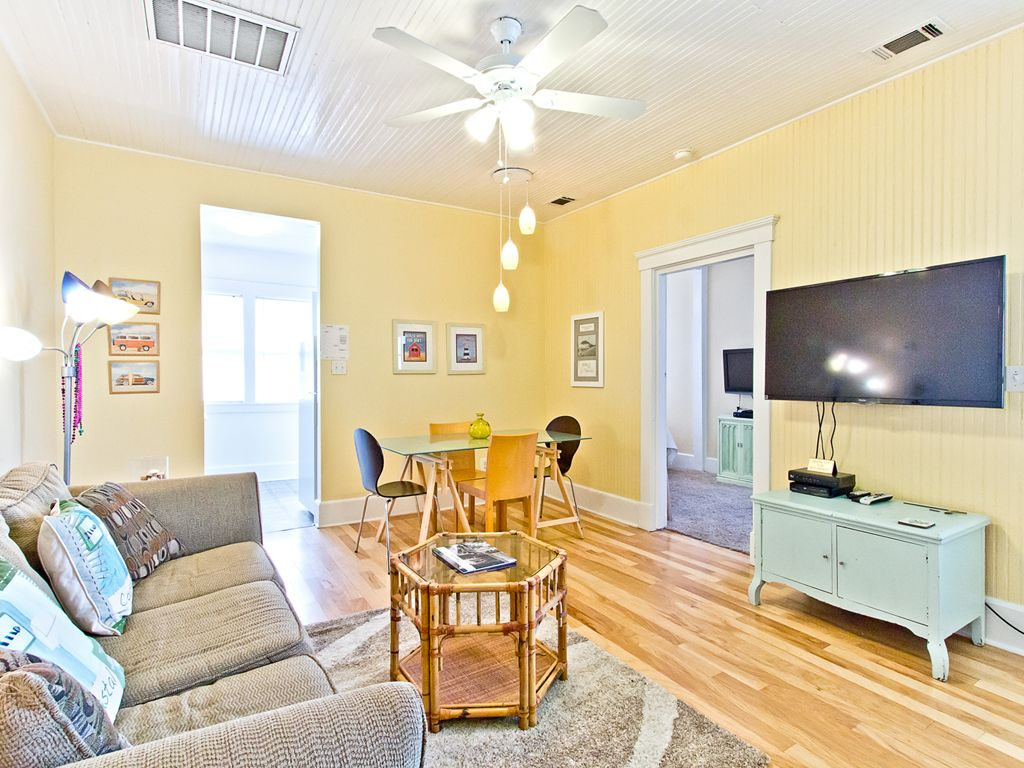 historic tybee 1 bedroom second floor vrbo