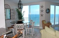 Beachfront 3BR/3BA, Escape the Crowds!