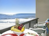 1 BR 1 BA directly on beach - Romantic Beach Condo