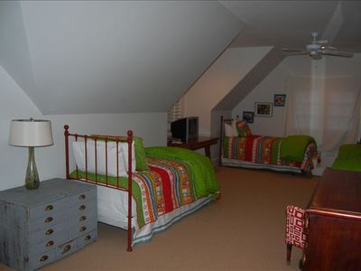kids room with 4 twin beds