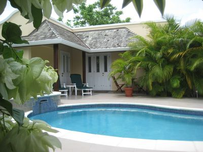Luxury apartment with private pool in the desirable Accra Beach location - Cherry Garden Villa Cottage