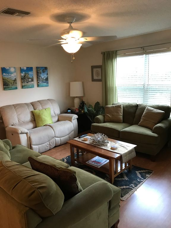 Must see!  Nice 2 Bed/2 Bath home w/golf cart!  Come visit!