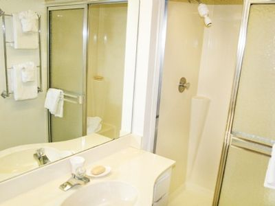 Sanibel Island condo rental - Relax With A Refreshing Shower After Your Time in the Sun!