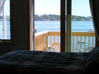 Harpswell cottage photo