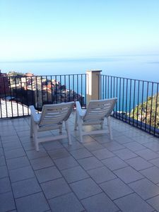 Beautiful apartment in tower house with stunning views and private garden
