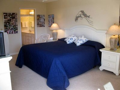 Sanibel Island condo rental - The Master Bedroom with King size bed and TV
