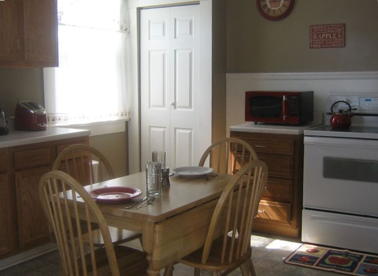 Apfelbaum cottage in the heart of vrbo for Apple themed kitchen ideas