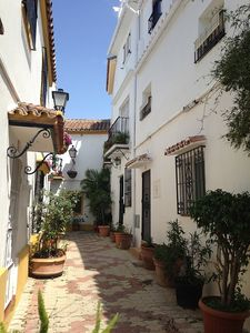 3 Bed Traditional Town House In Marbella Old Town