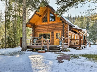 NEW! 2BR Essex Cabin Bordering Glacier Nat'l Park!