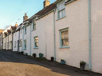 STRAWBERRY ROSE COTTAGE, pet friendly in Cheddar, Ref 918768