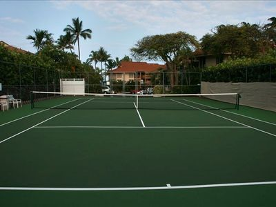 Newly Refurbished on-Site Tennis Court