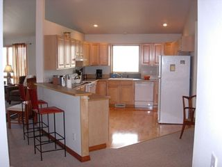 Bozeman townhome photo - Large kitchen fully equipped