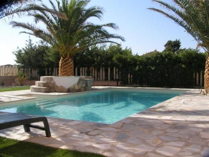 Cheap apartment, 60 square meters, close to the beach