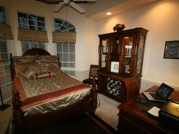 4. Bedroom with queen size bed & desk