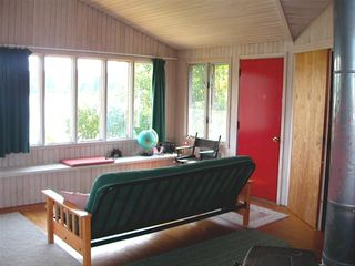 Acadia National Park house photo - Futon bed in living room