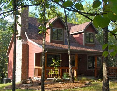 """Woodsong Cottage"" home - sleeps 4-6: also on Tall Pines' property."
