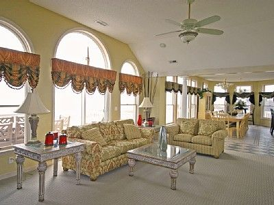 Great Room With Unsurpassed Ocean Views!