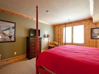 Deer Valley condo photo - The first bedroom with flat screen TV.