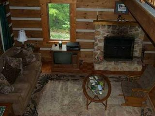 Woolwine cabin photo - Cozy living room