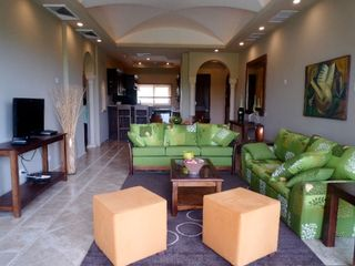 Tamarindo condo rental - Living Room