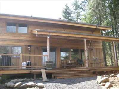Front of cabin, with covered deck, propane BBQ