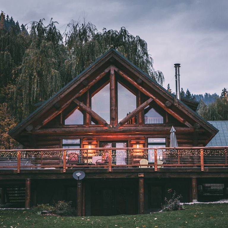 Stunning leavenworth log cabin pet friendly vrbo for Leavenworth cabin rentals