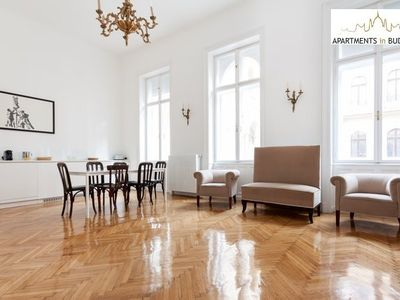 Grand Opera Apartment - Beautiful elegance
