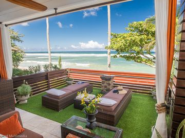 Haleiwa studio rental - The Hoku private deck over looking the pacific ocean and sandy white beach 10/14